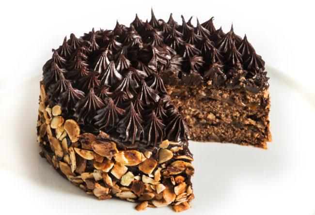 Pastís de Xocolata : Avellanes i Canyella